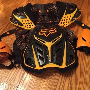 🆕 FOX Chest Protector